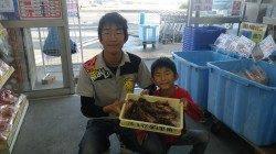 堺漁港 ズボ釣りのキビナゴエサでガシラ大漁☆