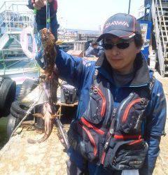 岸和田一文字 シラサ使用のウキ釣りでメバル&ガシラ