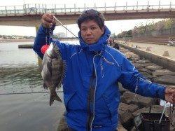 芦屋浜チヌ釣れすぎて!南芦屋浜北側水道