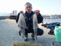神谷一文字 ヤエン&ウキ釣りでアオリイカ〜2.5kg