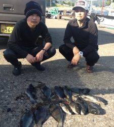串本の磯 フカセでグレ〜36cm13匹の釣果