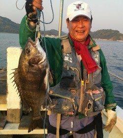 フカセで48cmの良型含むチヌの釣果 〜湯浅〜