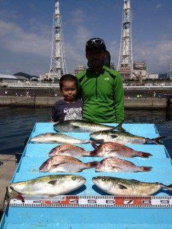マリーナシティ海洋釣り堀 ファミリーで大物楽しめます☆