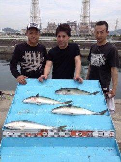【3日】海上釣り堀で青物♪ 〜ハマチ4尾〜