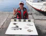 湾内の筏でのチヌ釣り