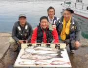 やったね! スズキ81cm in 黒島の筏