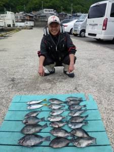 小グレが大漁 ♪ ケムリ島でのフカセ釣り釣果