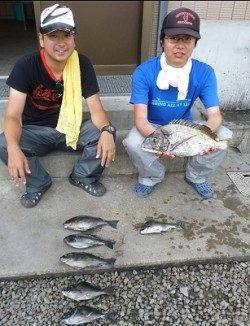 15日:紀州釣りで良型チヌ・グレの釣果 in 湯浅の磯
