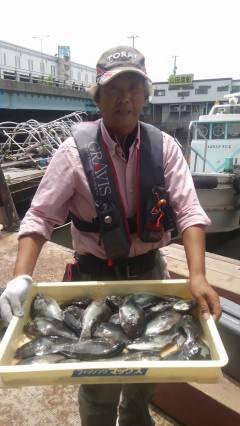 沖の一文字でウキ釣り・イシゴカイでグレ大漁♪