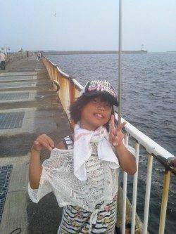大阪南港 夕方のサビキ釣りでアジ20尾 お子様も満足釣行