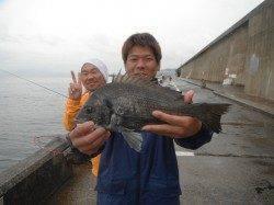 【22日】和歌山北港魚つり公園でグレ&チヌ