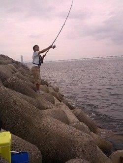 貝塚人工島へキス狙いで釣行〜18時前のラスト30分でアタリ連発