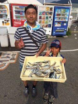 ちょい投げでキス大漁!マリーナシティ海釣り公園