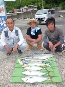 神谷沖一文字にてルアーでハマチ・シイラの釣果