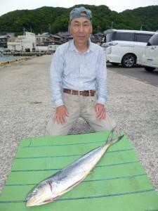 沖一文字内向きにてのませ釣りでシイラ80cm