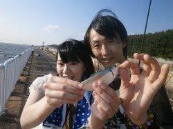 大阪南港魚つり園 サビキで豆アジ・イワシ・サッパ