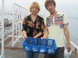 アジは1人30匹前後、尼崎市立魚つり公園でサビキ釣り