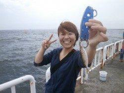大阪南港魚つり園 サビキ釣りで豆アジ