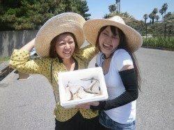 大阪南港魚つり園 暑さで釣り人少ないですがサビキでアジなど