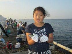 アジにサバがイイ感じ!尼崎市立魚つり公園でサビキ釣り