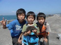 グレ&アイゴ大漁★他お子様のカワハギ釣り釣果