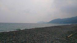 煙樹ヶ浜でペンペンサイズのシイラ、弓角にかえると連続キャッチ!