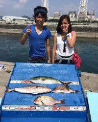 マリーナシティ海洋釣り堀 初カンパチをゲットできました♪
