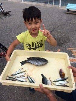 マリーナシティ海釣り公園のファミリー釣果☆グレ30cmでピース