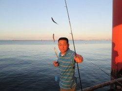 尼崎市魚つり公園 午前イワシ・午後サッパ中心 サヨリやチヌも