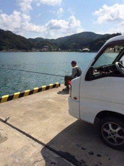柴山港 のべ竿のサヨリもなかなか難しい釣りです