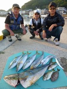 神谷 沖一文字内向きでノマセ釣りでブリの釣果