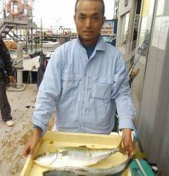 沖の北でのメジロ釣果 他タチウオ・サゴシなども