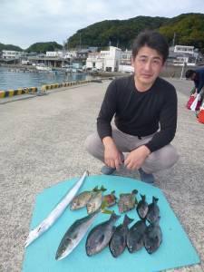 神谷一文字 カゴ釣りでハマチ・グレ・アイゴ・カワハギ・タチウオ