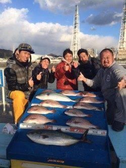 【17日】マリーナシティ海洋釣り堀釣果〜ブリ・メジロ・マダイ
