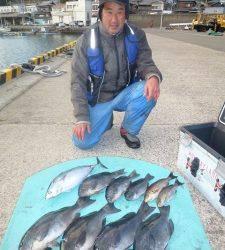 神谷 沖一文字内向きでカゴ釣り グレ・スマガツオ・イサギの釣果