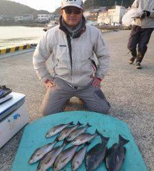 神谷沖一文字 フカセでゴマサバ・カゴ釣りでグレ&イサギ