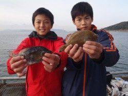 須磨海づり公園 投げ釣りでカレイ・ウミタナゴ