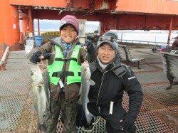 尼崎市魚つり公園 ズボ釣りでハネ・セイゴ・チヌ