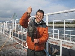 尼崎市立魚つり公園 ハネ・セイゴ・チヌの釣果