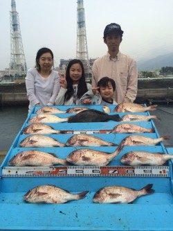 和歌山マリーナシティ海洋釣り堀 嬉しいヒラメの釣果♪