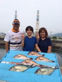 和歌山マリーナシティ海洋釣り堀 マダイ・シマアジの引き堪能