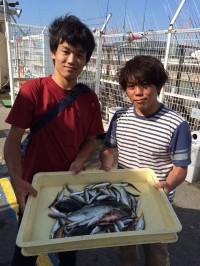 和歌山マリーナシティ海釣り公園 ツバス、アジ、他
