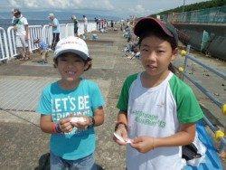 大阪南港海釣り公園 アジ1000匹サッパ800匹!