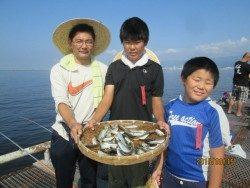 尼崎市魚つり公園 サビキで多魚種楽しめてます