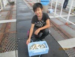 釣果絶好調!尼崎市立魚つり公園