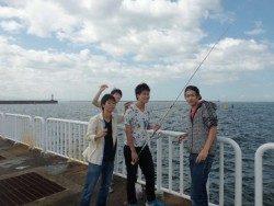 大阪南港海釣り公園 小アジ、サッパ好調