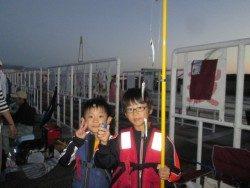 満員!尼崎市立魚つり公園 釣果もすごいことに!