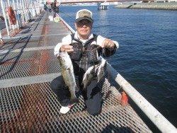 尼崎市立魚つり公園 釣れる魚種も増えてきました!