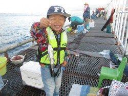 尼崎市立魚つり公園 今日もスズキは高反応!