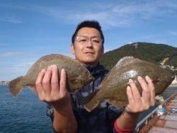須磨海釣り公園 投げ釣りでカレイ29〜33cm